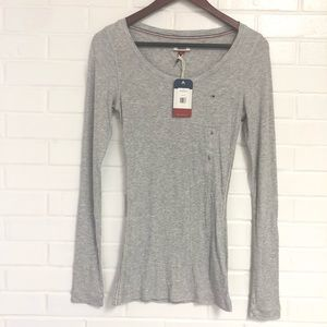 NWT Tommy Hilfiger L Gray Long Sleeve Thermal
